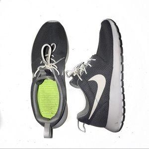 Nike Roshes Gray Size 10
